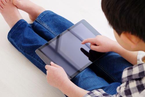 【小学生編】現役小学生のゲーム事情!!学びを遊びに!成長とともに変化するタブレットの正しい使い方とは