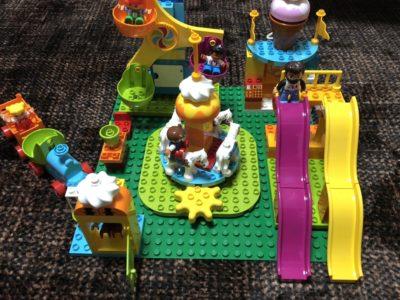 レゴってやっぱりすごい!4歳娘が夢中!遊びながら知育効果がいっぱいの優秀おもちゃ!