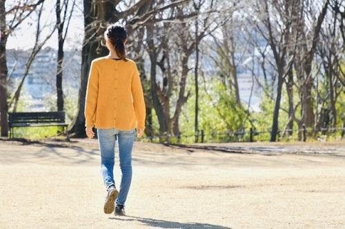 家事や育児をしながらできる!「歩き方」を意識するだけでできる体づくり|Ribbonの育児ブログ