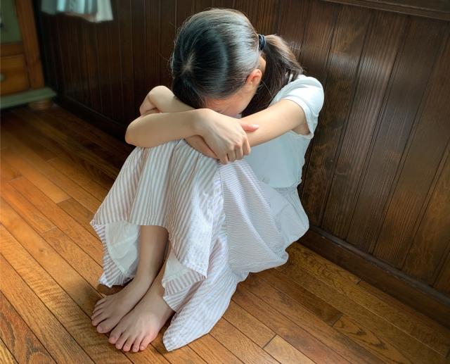 小学生女子の友達関係は高学年になるとより複雑に。低学年のうちから家庭でできる対策。