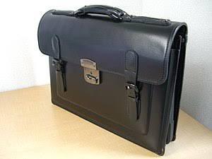 重い!中学生の通学バッグの重さは何キロ!?