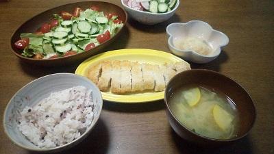 ワーママの夕食準備。朝、準備して、夜すぐごはんの時短方法。