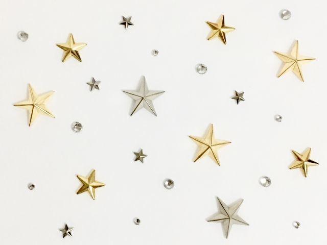 休校中の気分転換にも!寝かしつけ対策にも!寝室の天井を星空にしてみました!