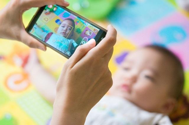 子どもの成長記録、家族の思い出。写真or動画、どっちが多い?おすすめは?