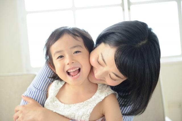 子どもへの愛情の伝え方|「大好き」の気持ちが溢れる言葉かけ