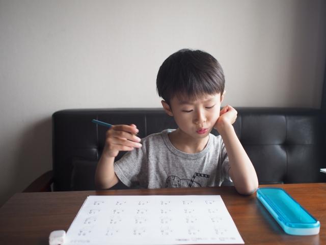 【家庭学習】そうきたか。年中5歳児の「わからない、できない」を前に大人の「あたりまえ」が崩壊する。