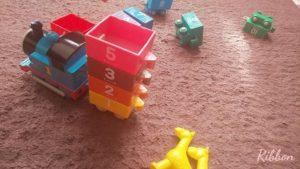 【知育玩具】1歳半から!ひらがなや数字を楽しく学べるアイテム3選 Ribbonの育児ブログ