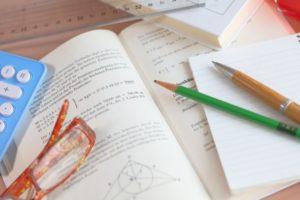高校生の教科書代って、いくらかかるの?(地方公立高校生の場合)