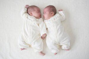 双子が生まれてからよく聞かれる8つの質問。これって双子ママあるある?
